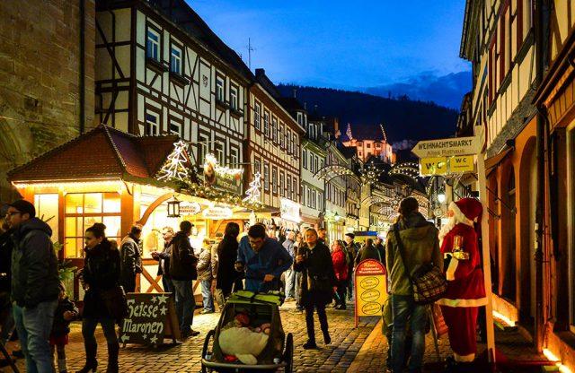 Hauptstraße Weihnachtsmarkt