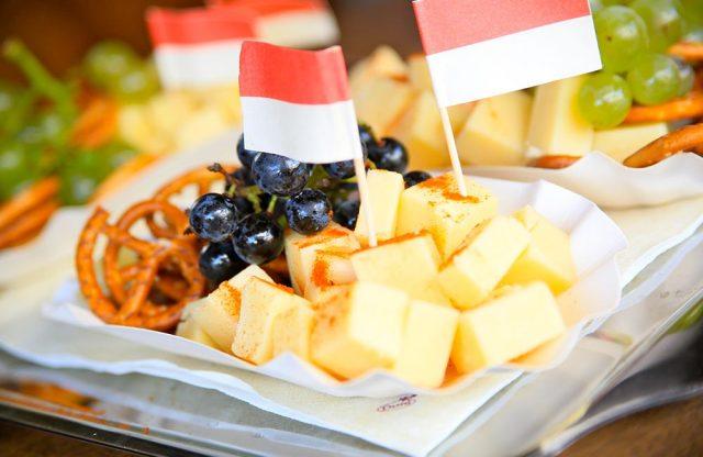 Käse und Brezeln